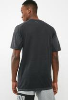 PUMA - Evoknit short sleeve tee - black