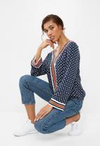 Jacqueline de Yong - Berlin blouse - blue