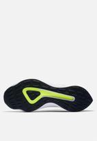 Nike - EXP-X14