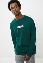 basicthread - Printed oversized long sleeve tee - green