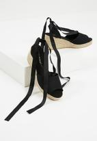 Vero Moda - Sally wedge sandal - black