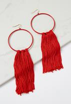 Cotton On - Runway tassel statement earring - red