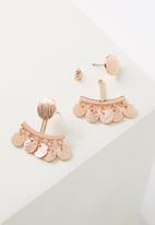 Cotton On - Brushed metal coin ear jacket - rose gold