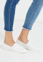 Cotton On - Hazel slip on sneaker - white
