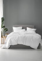 Linen House - Tathra duvet cover set - white
