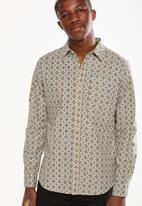 Cotton On - 91 shirt - tan
