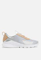 Nike - Rivah SE Premium