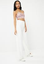 Missguided - Crochet lace bralet - pink