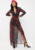 Missguided - Floral twist thigh split maxi dress - black