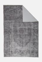 Hertex Fabrics - Siena rug - charcoal