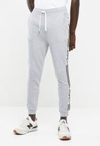 basicthread - Slim fit sweat pants - grey