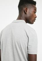 Superbalist - Pique short sleeve slim fit polo - grey