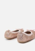 Cotton On - Primo flats - rose gold