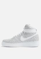 Nike - Air Force 1 High LX - Just Do It