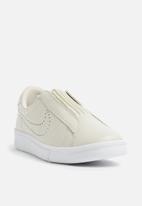 Nike - Tennis Classic Ease - cream