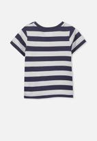 Cotton On - License Freddie ss tee - navy & white