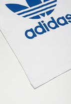 adidas Originals -  Trefoil tee - white & blue