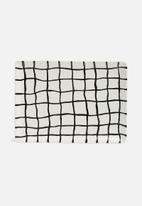 Urchin Art - Juxta grid platter - white & black