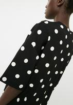 Superbalist - Spot boxy tee - black & white