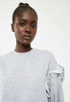 Superbalist - Pearl detail sweat - grey