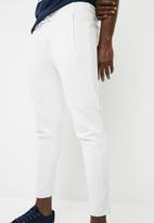 PUMA - Pace primary pants - white