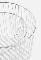 Present Time - Lines basket set - chrome