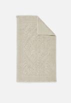 Hertex Fabrics - Victoria bathmat - pearl