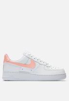 Nike - Nike Air Force 1 '07 - White / Oracle Pink
