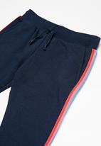 Cotton On - Kids kikii trackpants - navy