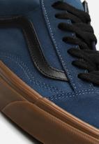 8d78626293 Vans Old Skool Gum outsole - dark denim black Vans Sneakers ...