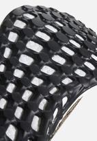 adidas Performance - PureBOOST - trace khaki / cinder