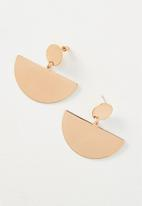 Cotton On - Queen metal statement earring - rose gold