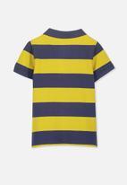 Cotton On - Kenny polo tee - navy & yellow