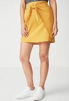 Cotton On - Woven Kelly knot front mini skirt - yellow