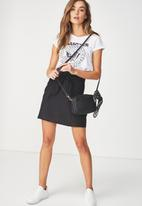 Cotton On - Woven Kelly knot front mini skirt - black