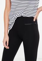 Cotton On - Dante Pu pocket legging - black