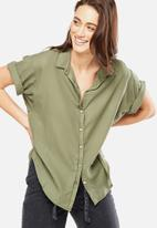Cotton On - Cassie short sleeve shirt - green