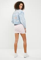 Missguided - Happy time' flamingo embroidered denim jacket - blue