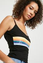 Missguided - Cami rainbow graphic crop top - black