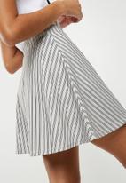 Missguided - Stripe skirt - grey