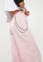 Missguided - Check chain detail wide leg trousers - pink