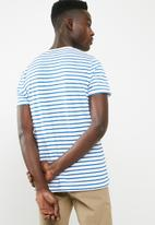 Superbalist - Stripe crew neck tee - white & blue