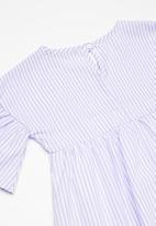 Superbalist - Fluted sleeve dress - purple & white