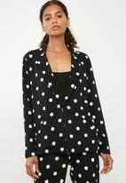 Superbalist - Spotted knit blazer - black & white