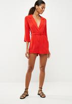 Missguided - Wrap blazer playsuit - red