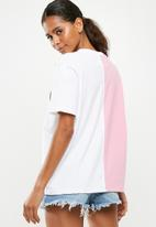 Missguided - Barbie spliced T-shirt - pink & white