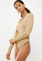 Missguided - Ultimate plunge knitted bodysuit - neutral