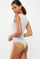 Missguided - Button front rib bodysuit - grey