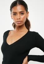 Missguided - Ultimate plunge knitted bodysuit - black