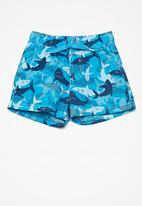 MINOTI - Kids boys shark swim shorts - blue